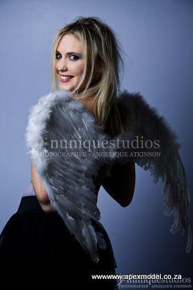 female modeling model tina