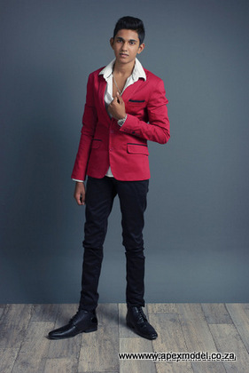 male modelling agencies model lewis