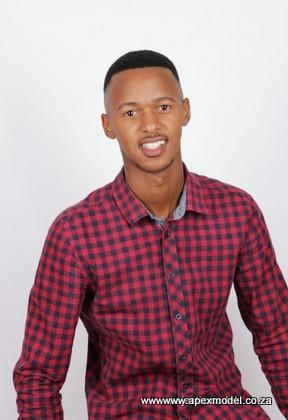 male modelling agencies model henry